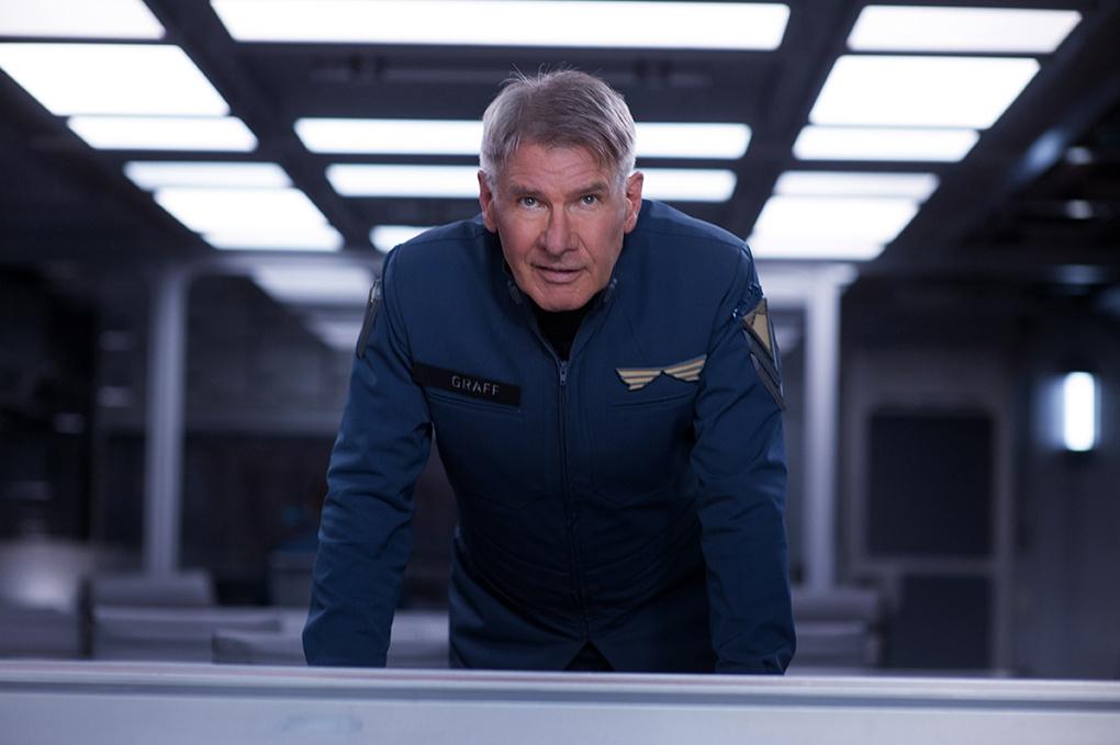 Harrison Ford dans La Stratégie Ender, l'un de ses derniers films (2013)